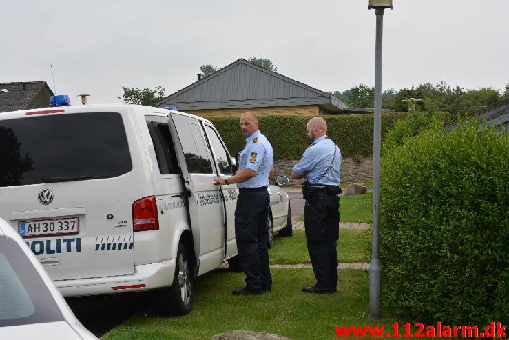 Politiet i skudsikkervest.