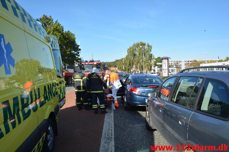 FUH med fastklemte. Boulevarden i Vejle. 02/10-2014. Kl. 14:46.