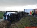 Lastbil havnet i grøften. Viborg Hovedvej ved Tørring. 10/01-2015 Kl. 04:45.