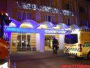 Et barn fik sit hovede i klemme under en radiator. Vejle Center Hotel. 23/07-2016. Kl. 03:32.