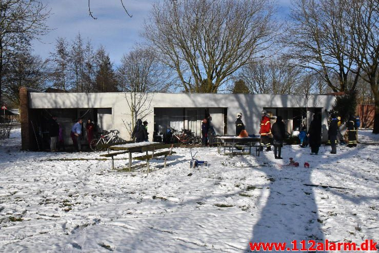 Brand i Asylcentret. Bredager 25 i Jelling. 11/02-2017. Kl. 13:37.