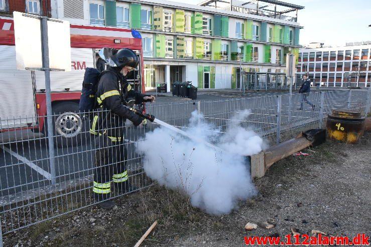 Mindre Brand. Havneparken 11 i Vejle. 27/03-2017. Kl. 17:52.