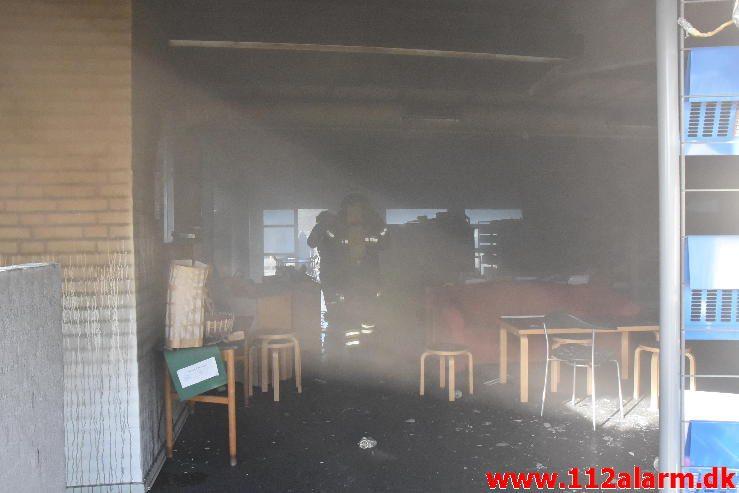 Brand på Petersmindeskolen. Petersmindevej i Vejle. 18/04-2017. Kl. 7:57.