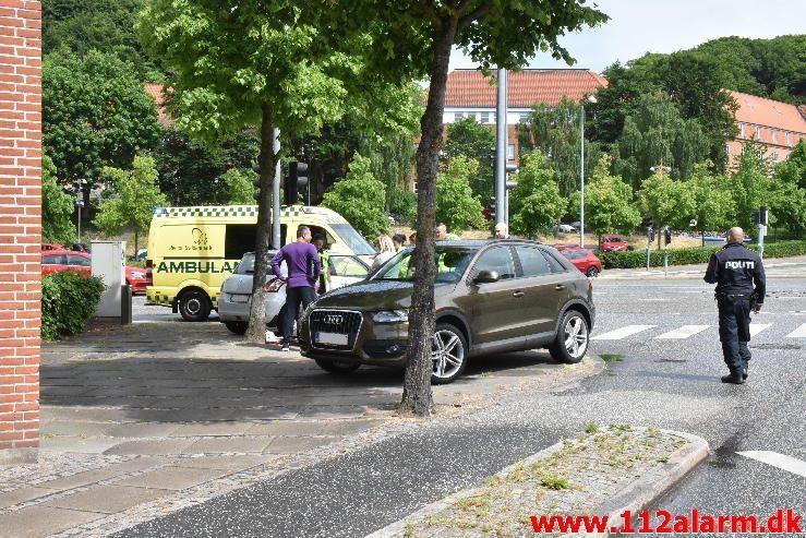 Mindre forurening. Horsensvej i Vejle. 05/06-2017. Kl. 12:09.
