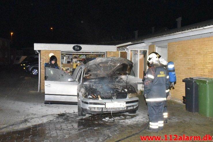 Bilbrand. Vindingvej i Vinding. 01/11-2017. Kl. 20:11.