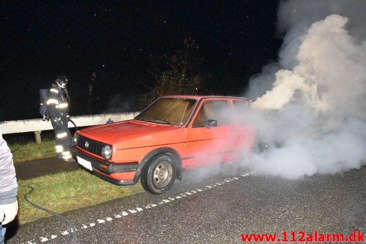 Bilbrand i det fri. Ribe Landevej lige før Jerlev. 14/11-2017. Kl. 6:44.