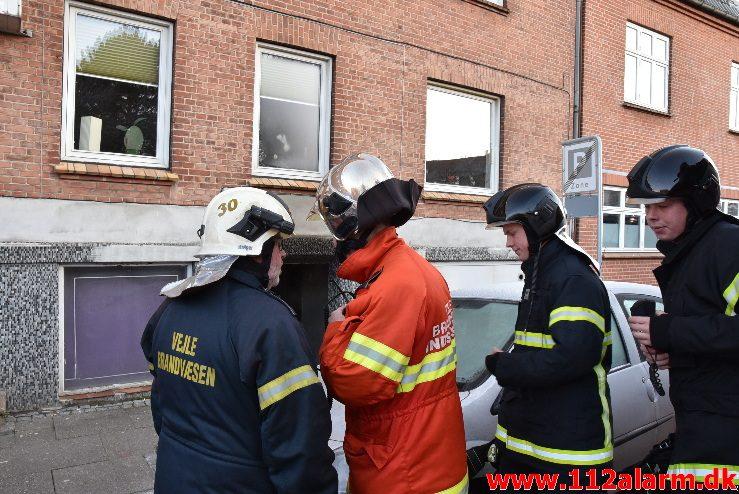 Brand i Lejlighed. Vardevej 54 i vejle. 08/01-2018. Kl. 10:03.