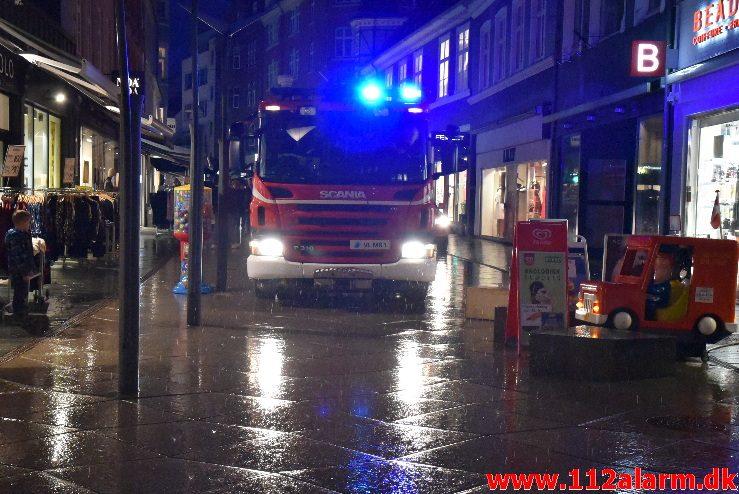 Bygn.brand-Etageejendom. Torvegade 17B i Vejle. 01/02_2018. Kl. 17:01.