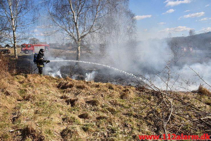 Naturbrand / Mark. Buldalen ved knabberup. 20/03-2018. Kl. 14:09.