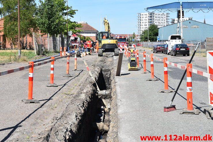 Overgravet gasledning. Sjællandsgade i Vejle. 07/06-2018. Kl. 11:00.