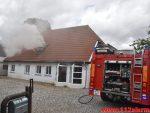 Brand i ubeboet hus. Vejlevej 79 i Jelling. 05/08-2018. Kl. 13:25.