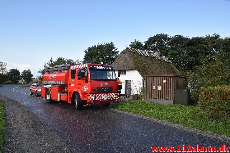 Pillefyr gav røg i hele huset. Ollerupvej ved Bredsten. 26/08-2018. KL. 08:29.
