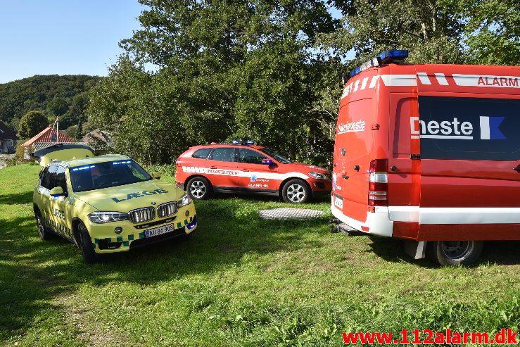 Cyklist kørte i Åen. Engvej i Vejle. 31/08-2018. Kl. 15:33.
