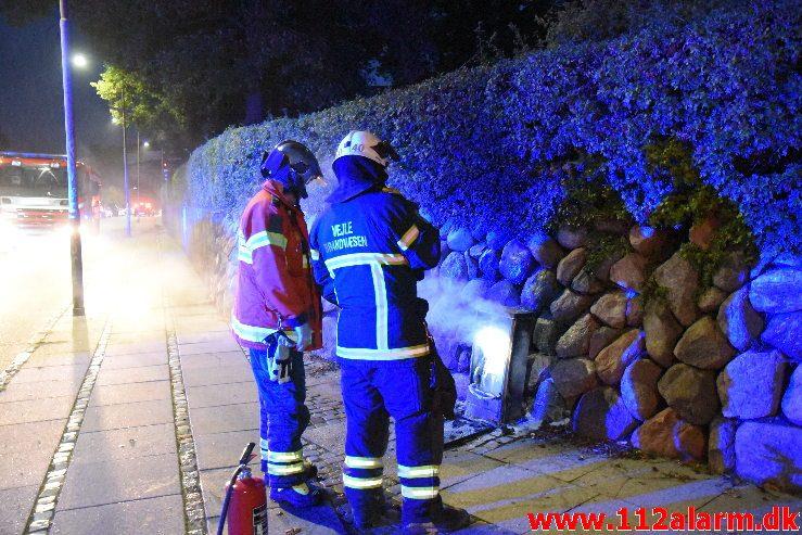 Ild i transformatorstation. Jernbanegade i Vejle. 08/09-2018. KL. 20:29.