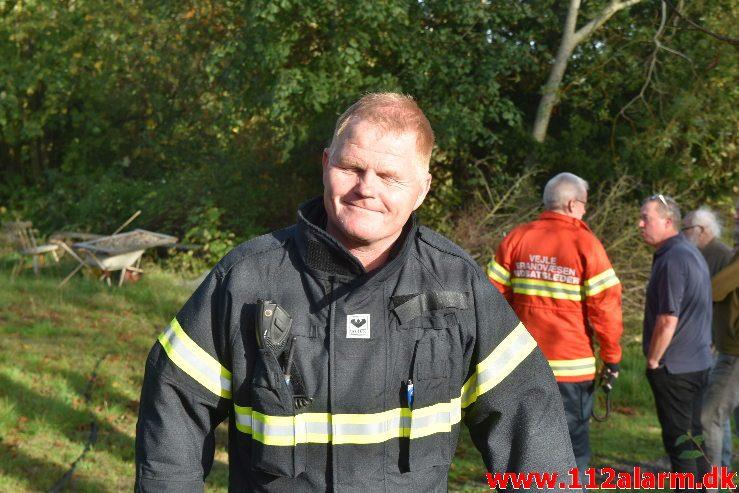 Ukrudtsbrænder satte ild i skib på land. Skovbyvej Andkær. 07/10-2018. Kl. 16:02.