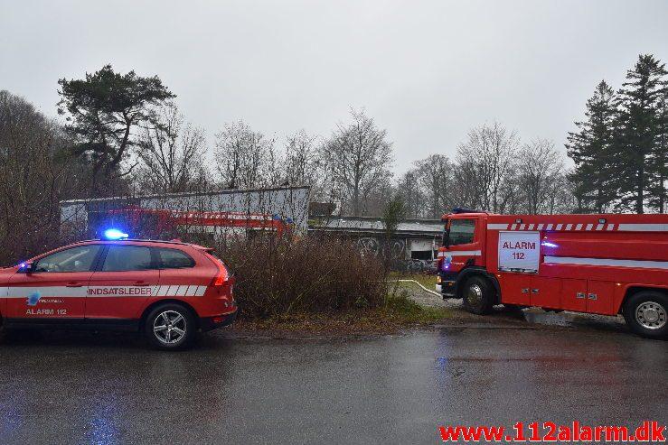Påsat brand i gamle vandrehjem. Mølholm Landevej 80 i Vejle. 29/11-2018. Kl. 13:52.