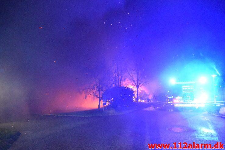 Brand i Villa. Hindbærhaven i Vejle ø. 31/12-2018. KL. 20:49.