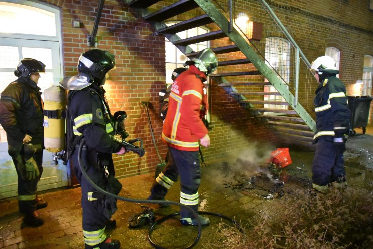 Brand i Etageejendom: Gulkrog i Vejle. 01/01-2019. Kl. 01:30.