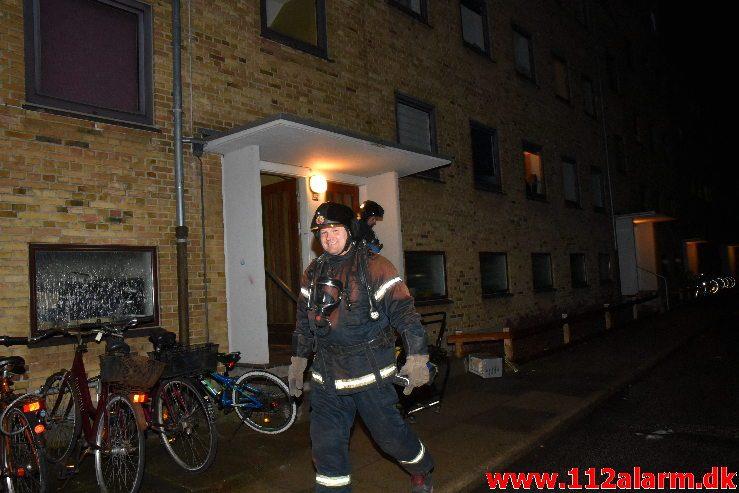 Brand i Etageejendom. Damhaven i Vejle. 08/01-2019. Kl. 20:02.