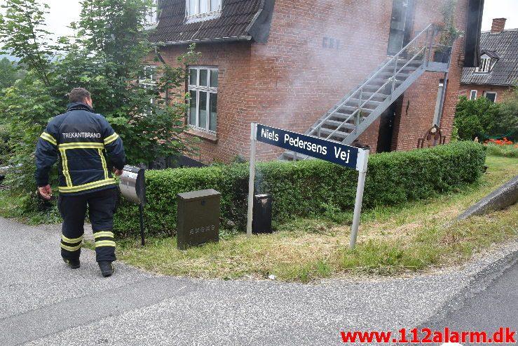 Ild i el-skab. Vardevej i Vejle.