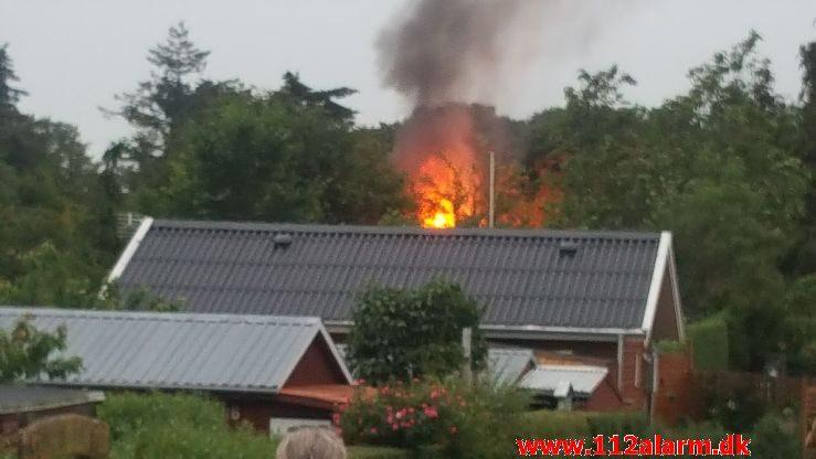 Brand i Kolonihavehus. Helletoften i Nyborg. 15/06-2019. Kl. 21:06.