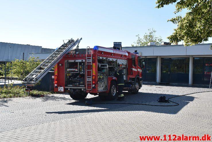Brand i institution. Vestre Engvej 61 i Vejle. 10/07-2019. KL. 08:12.