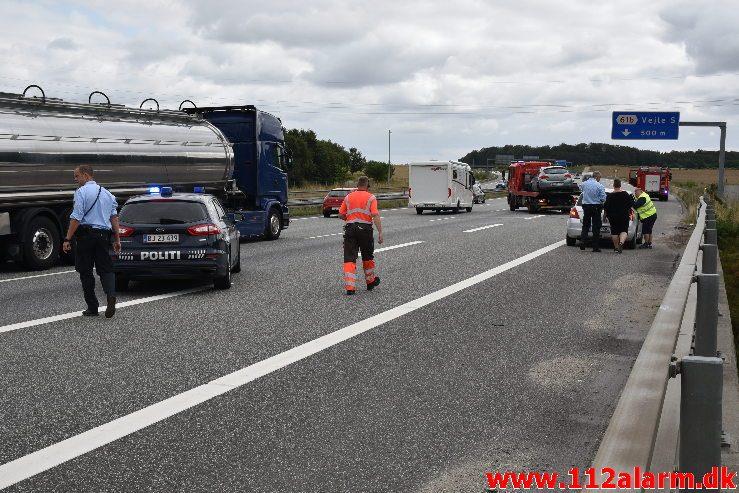 Fuh med Fastklemt. Motorvejen lige syd for Vejle. 04/08-2019. KL. 15:51.