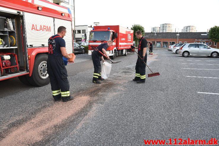 Bundkarret røg af bilen. Flegmade i Vejle. 23/08-2019. Kl. 19:54.