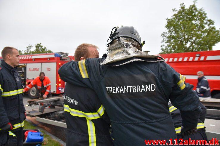 Større olieudslip. Sadelmagervej i Vejle. 20/09-2019. Kl. 18:25.
