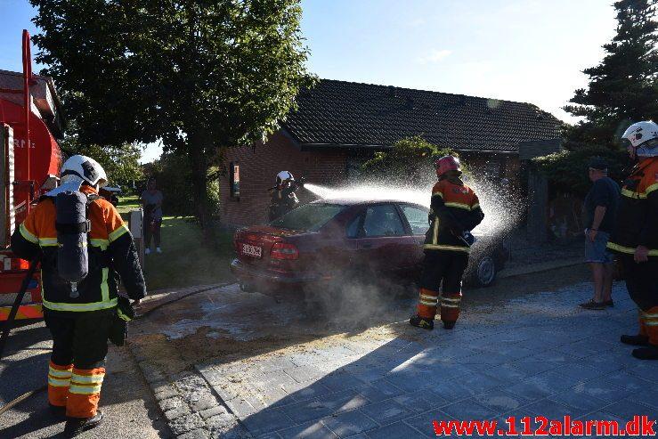 Meget varme bremser. Ringvejen i Jelling. 21/09-2019. Kl. 16:24.
