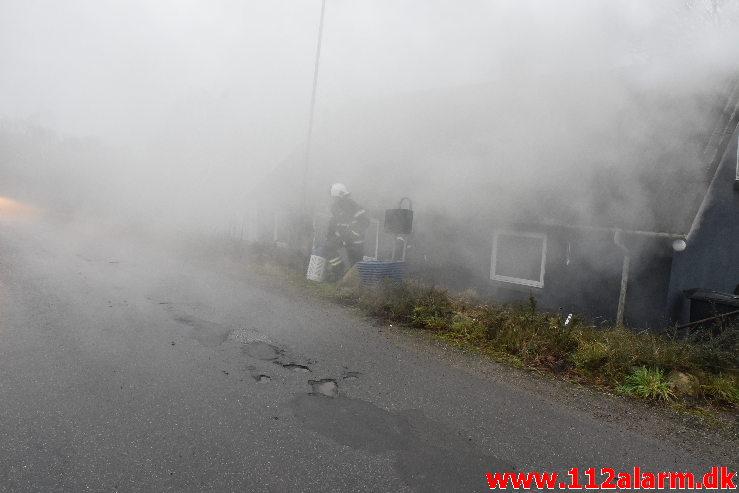 Brand i Villa. Fløjstrupvej i Vindelev. 24/01-2020. Kl. 14:31.
