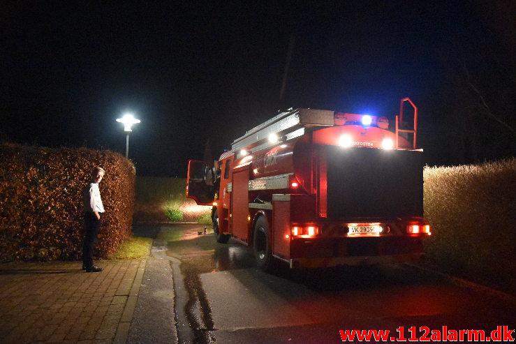 Brand Bil under tag. Storedalsvej i Bredsten. 31/12-2019. Kl. 22:35.
