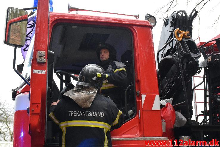 Personredning på skrænt / højde. Skyttestien i Vejle. 21/01-2020. Kl. 14:56.