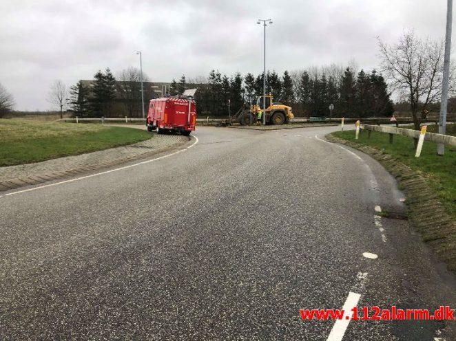 Mindre Forurening. Rundkørsel ved Ødsted. 31/01-2020. Kl. 10:52.