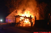 Laden stod i flammer. Hesselballevej ved Egtved. 27/03-2020. Kl. 19:52.