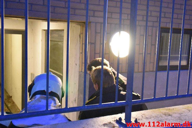 Ild i Etageejendom. Finlandsvej 77 i Vejle. 04/05-2020. KL. 21:29.