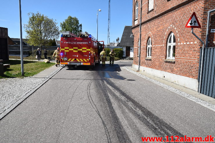 Større Forurening – Olieudslip. Gesagervej 52 Hedensted. 07/05-2020. kl. 14:30.