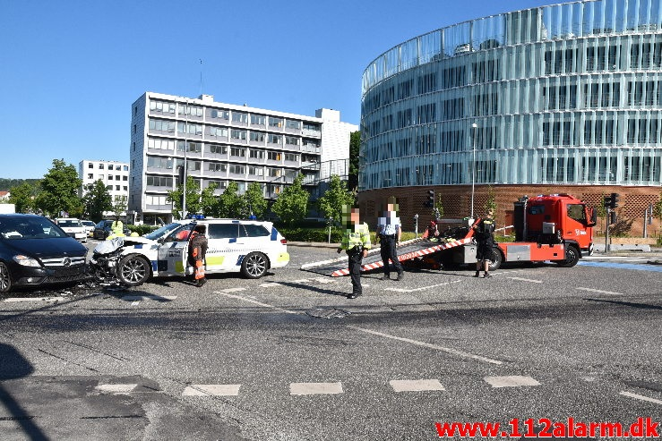 Patruljevogn kørte galt under udrykning. Horsensvej i Vejle. 16/06-2020. Kl. 08:30.