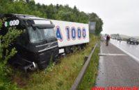 Rema 1000 kørte af motorvejen. Motorvejen E45 lige nord for DTC. 05/07-2020. Kl. 09:44.