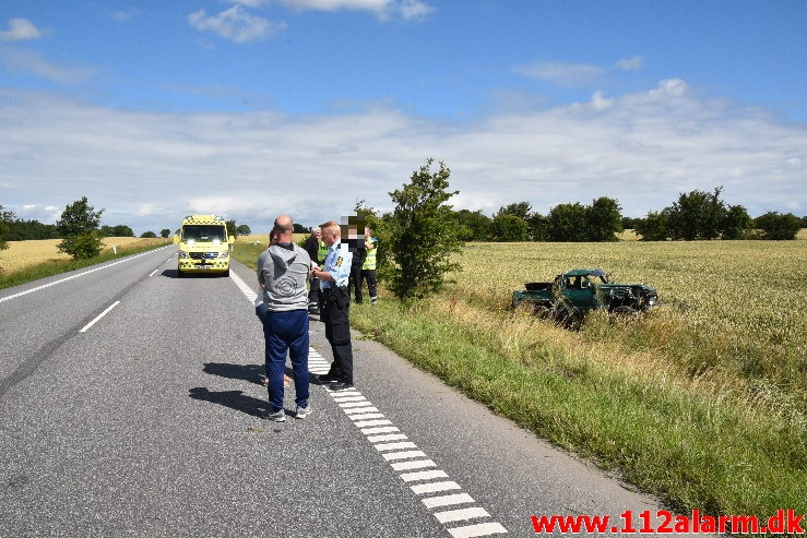 Ung mand faldt i søvn bag rattet. Ammitsbølvej lige syd for Ødsted. 20/07-2020. Kl. 11:15.