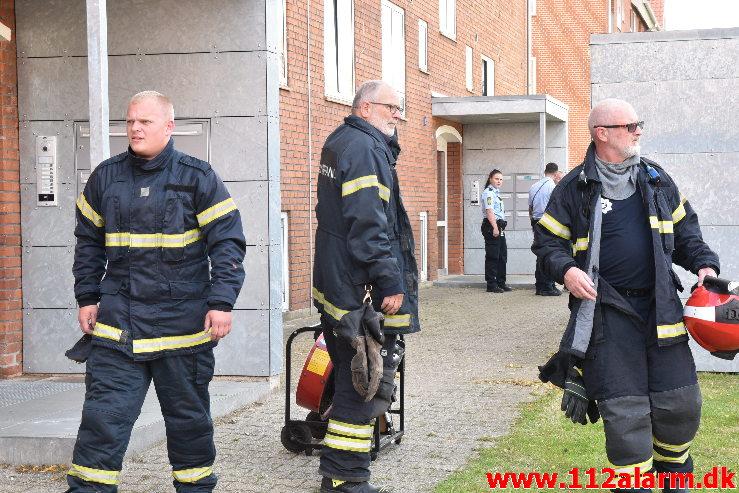 Ild i Etageejendom. Ellevang i Vejle. 21/07-2020. KL. 17:46.