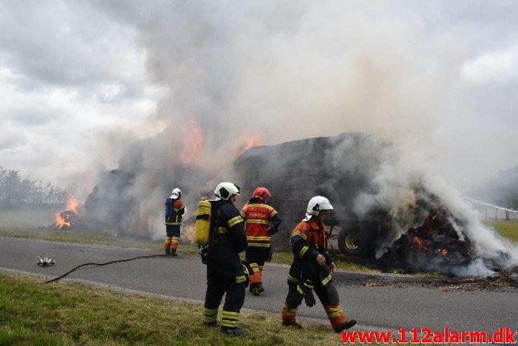 Brand-Landbrugsredskab. Tofthøjvej i Jelling. 23/07-2020. Kl. 15:51.