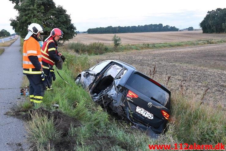 2 biler snittede hinanden. Horsensvej i Hedensted. 25/08-2020. Kl. 05:51.
