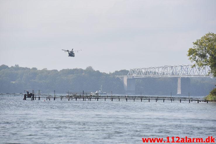 3 Dykker savnet. Lillebælt under den nye bro. 27/09-2020. Kl. 12:09.