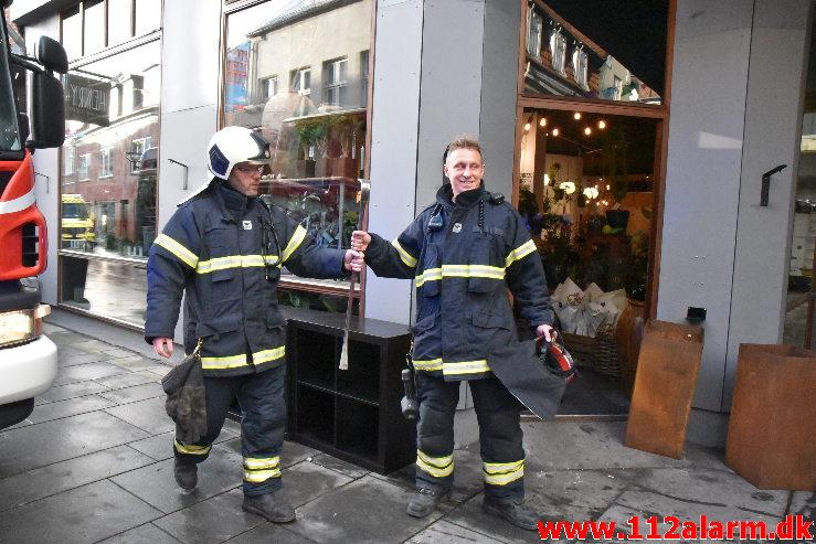 Brand i el installation. Vissingsgade 20 i Vejle. 28/10-2020. Kl. 08:31.