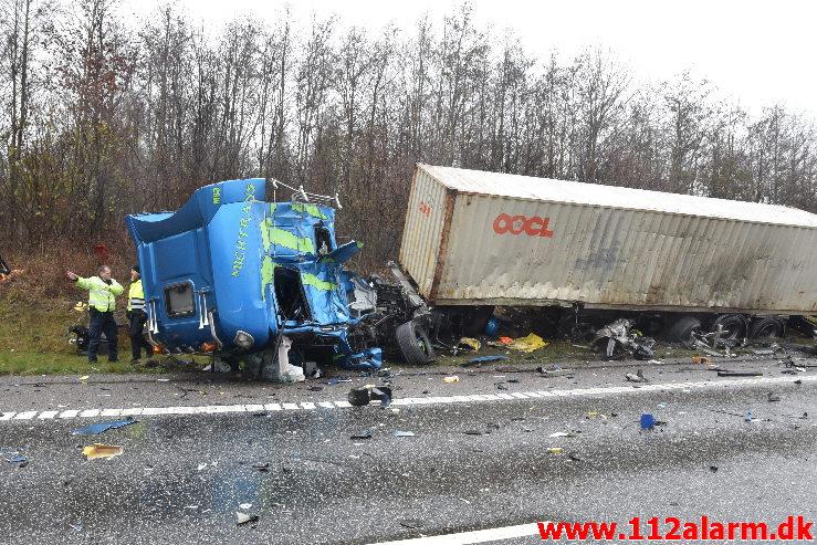 Chaufføren blev dræbt. Midtjyske Motorvej mellem Tørring og Give. 10/12-2020. Kl. 11:12.