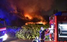 Brand i Villa. Niels Bugges Vej i Vinding. 31/12-2020. kl. 19:51.