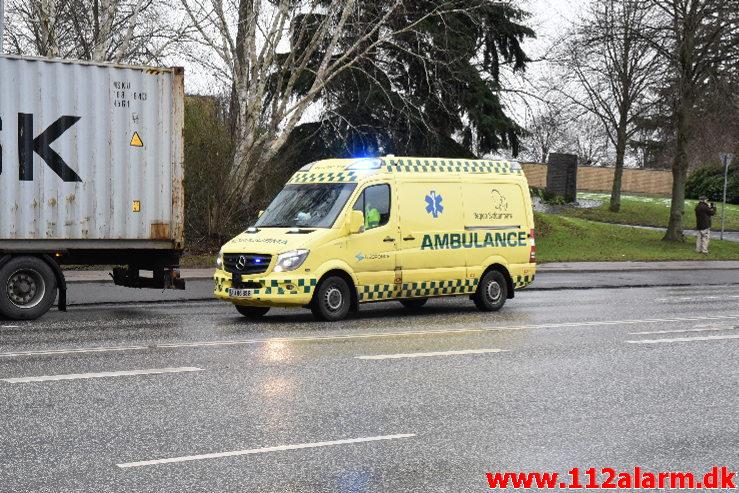 Alvorlig ulykke. Horsensvej i Vejle. 05/01-2021. KL. 10:40.