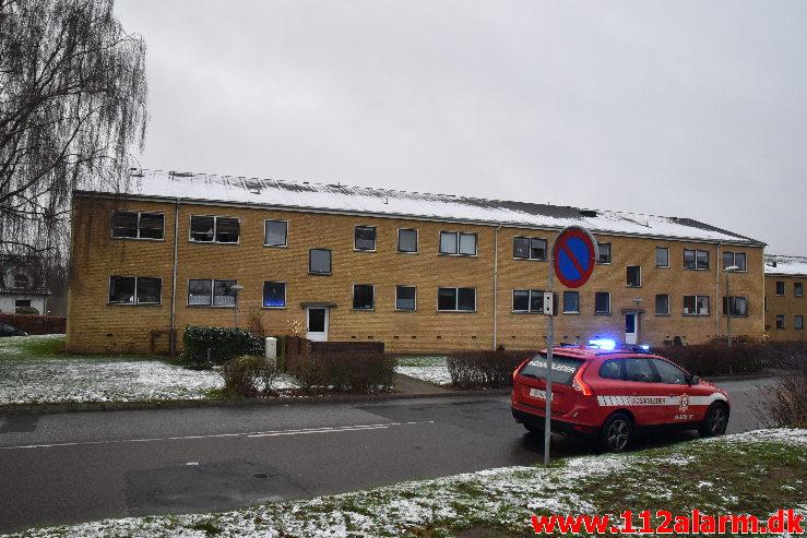Ild i Lejlighed. Arne Poulsens Vej i Vejle. 06/01-2021. Kl. 15:25.