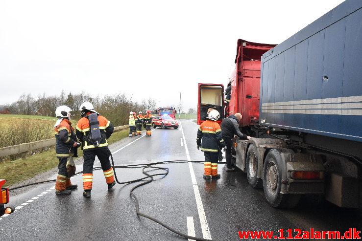 Brand i Lastbil. Ammitsbølvej ved Ødsted. 18/01-2021. KL. 12:17.